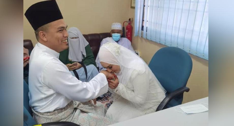 ZARINA selamat bernikah dengan jejaka yang bernama Eliyas Azhar pada 17 Julai lalu. FOTO ihsan IG