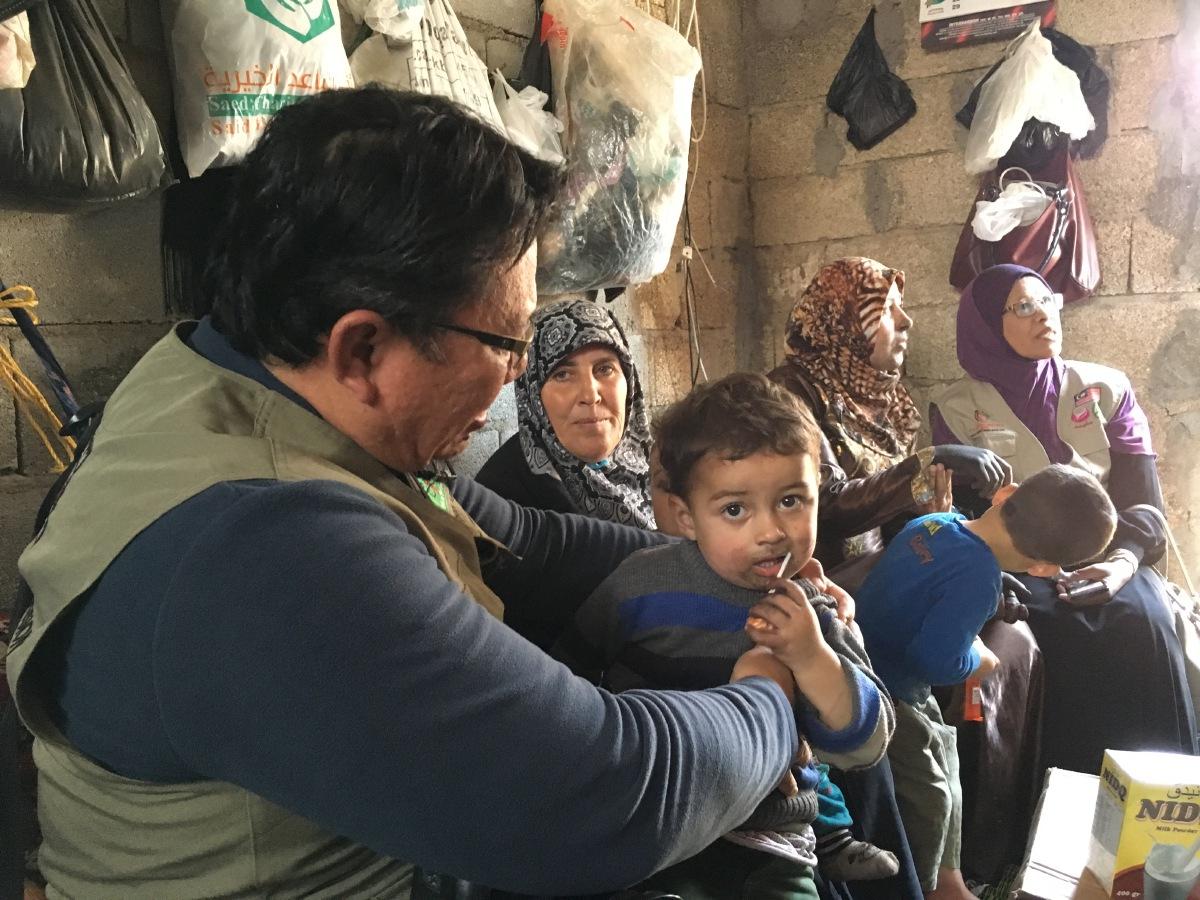 HAMPIR 60 peratus yang menjadi pelarian Syria adalah kanak kanak dan bayi.