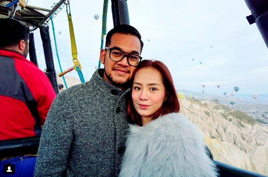 Elena (kanan) sudah pulang ke Malaysia sejak Februari lalu.