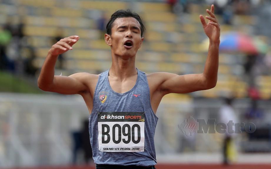 ILHAM antara pelari kuartet 4x400m negara. — FOTO Abdullah Yusof