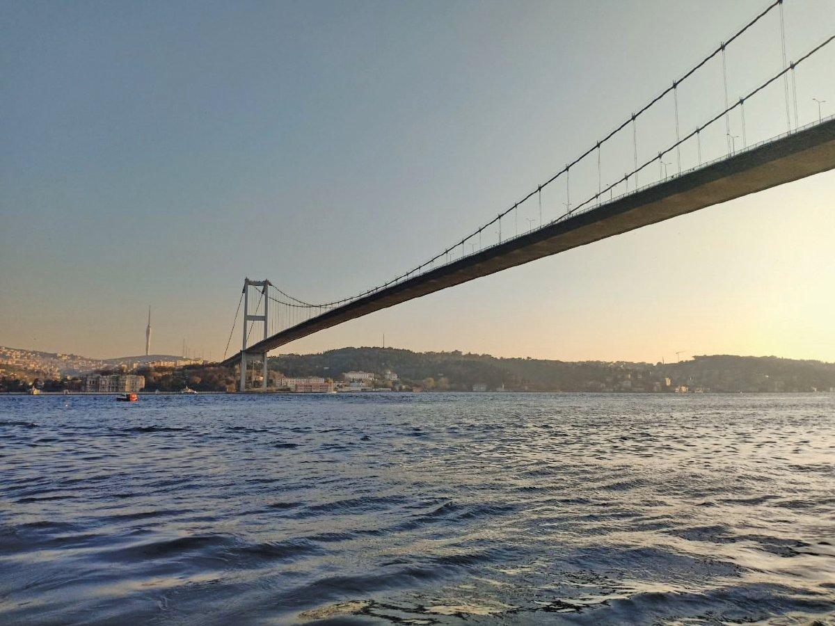 RASAI pengalaman menyusuri Selat Bosphorus dengan menaiki feri TURYOL.
