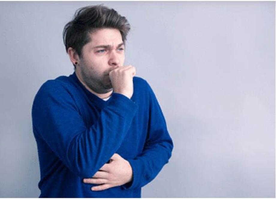 BATUK berpanjangan antara gejala barah paru-paru.