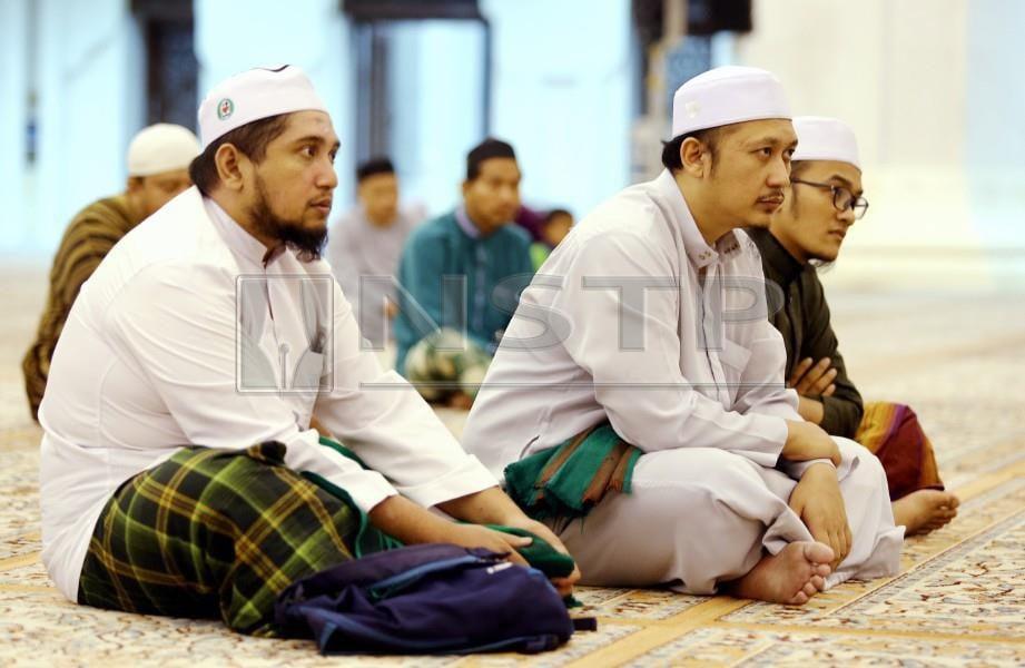 UMAT Islam perlu berusaha mencontohi Rasulullah. FOTO/NSTP