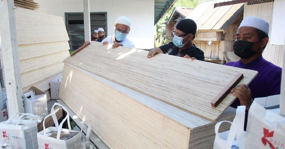 Pertubuhan Kasih Neelofa sumbang kelengkapan jenazah RM41,900