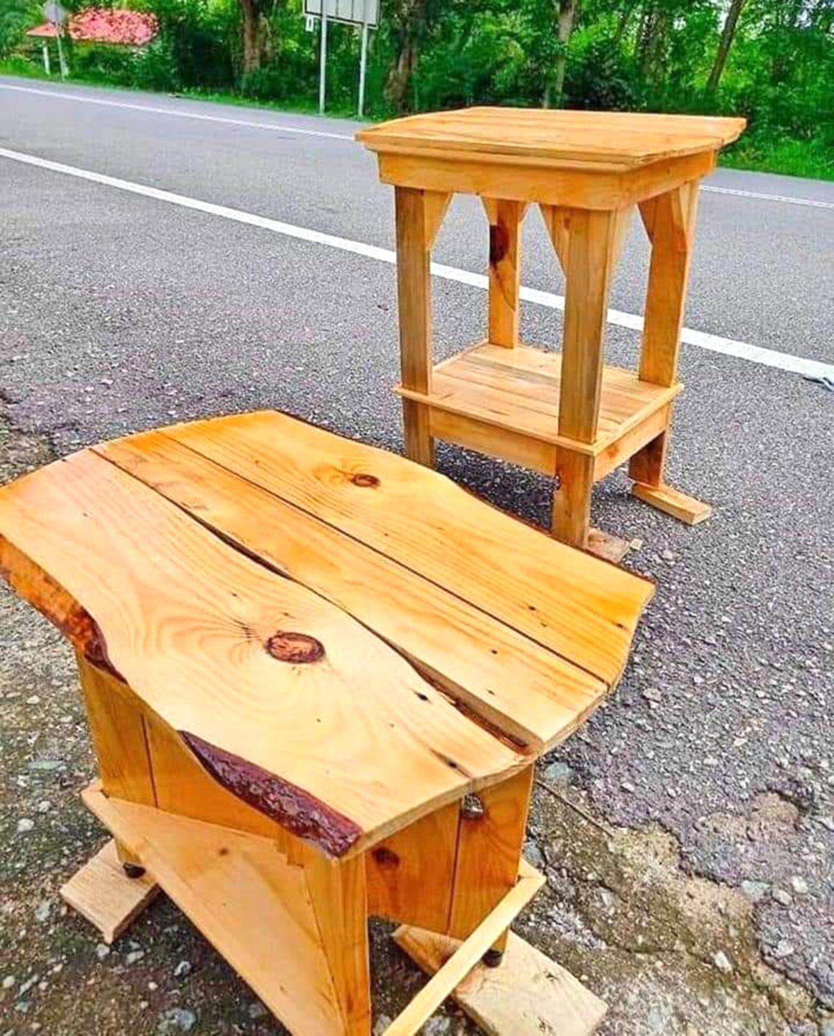ANTARA perabot yang dihasilkan secara DIY.