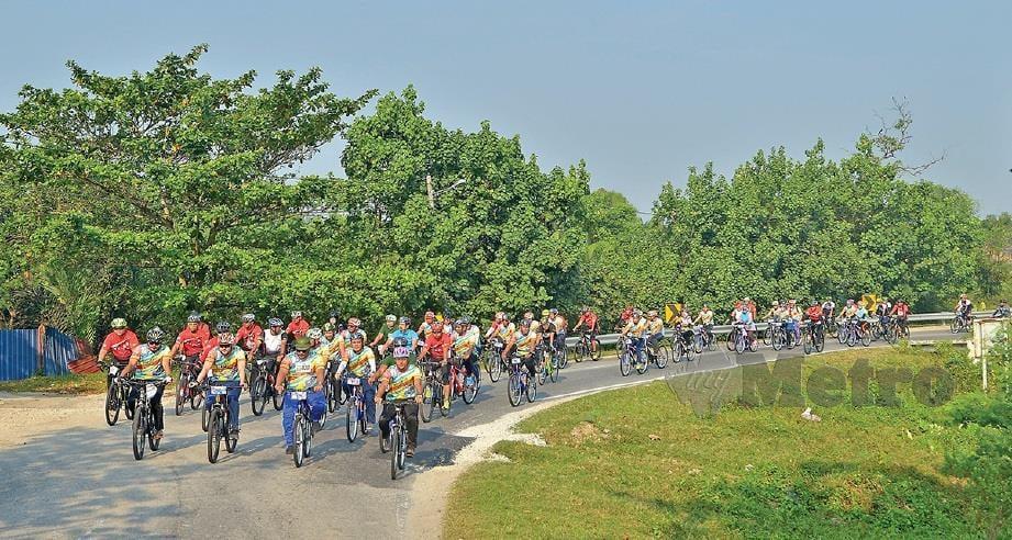 ACARA Mahabbah Cycling anjuran YIDE capai matlamat beli mesin hemodialisis. FOTO: Faiz Anuar
