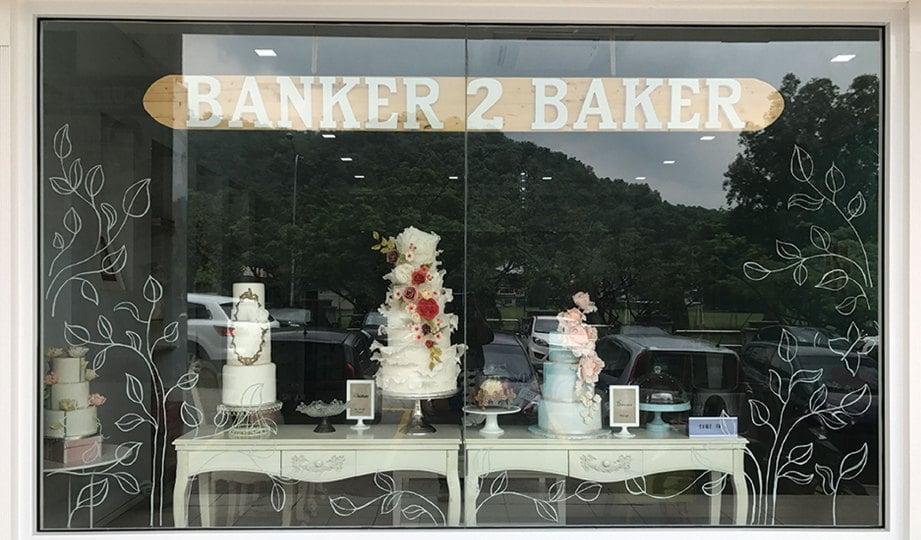 Butik Kek Dan Kafe Banker2baker Mempamerkan Pelbagai Model Perkahwinan Selain Potong Pastri Untuk Minum Petang
