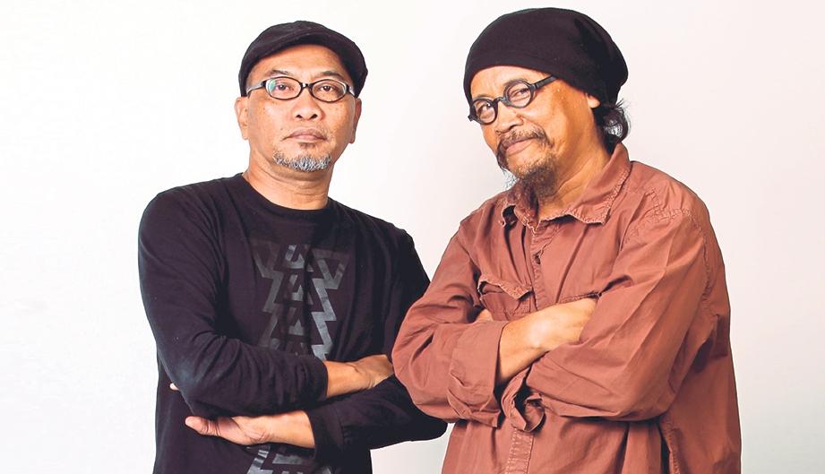 ALBUM baru Kopratasa muatkan 10 lagu dalam bentuk cakera padat, digital.