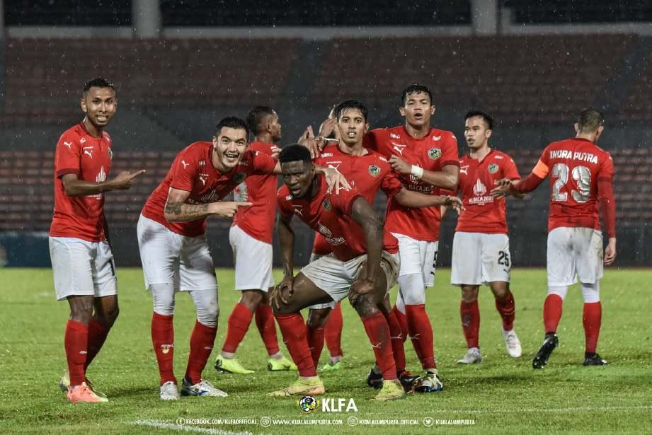BARISAN pemain Kuala Lumpur akan bertemu Perak II di Stadium Manjung, Jumaat ini. FOTO Ihsan Kuala Lumpur Hawks