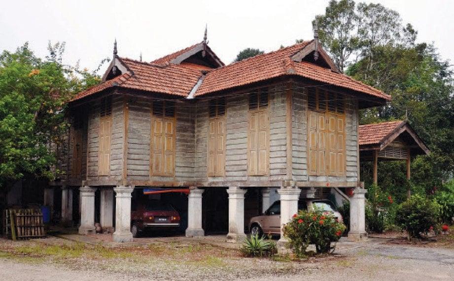 RUMAH limas Johor.