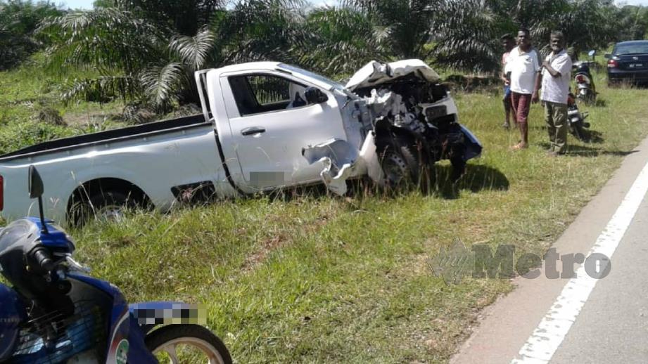 Keadaan pacuan empat roda yang terbabit kemalangan dengan motosikal. FOTO Ihsan Pembaca