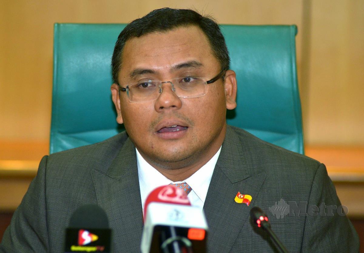 AMIRUDIN pada sidang media selepas Majlis Menandatangani Memorandum Persefahaman (MOU) antara Perbadanan Kemajuan Pertanian Selangor (PKPS) dan Lembaga Pemasaran Pertanian Persekutuan (FAMA) di SUK Shah Alam. FOTO FAIZ ANUAR