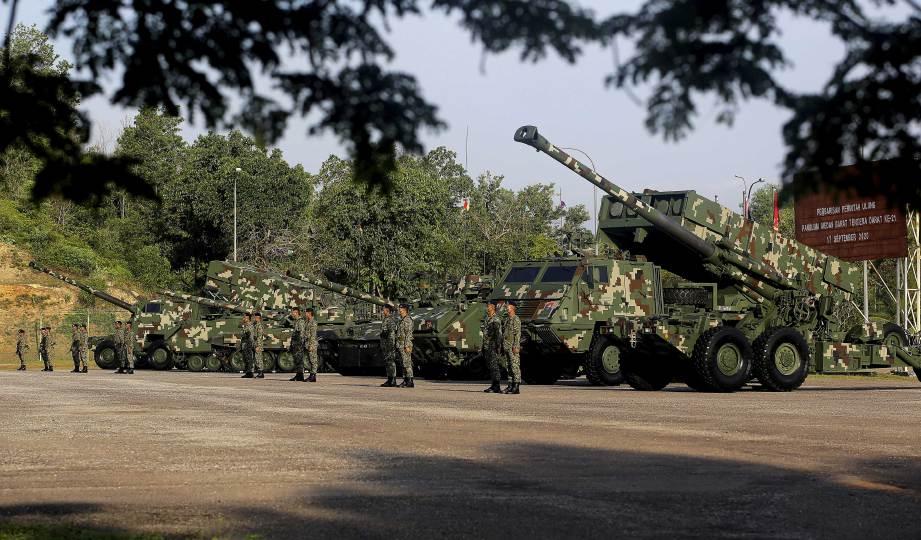 PERTUNJUKAN aset Angkatan Tentera Malaysia (ATM) iaitu PT 91M Pendekar, Malaysian Infantry Fighting Vehicle (MIFV) Adnan, Unit Lancar Berganda (ULB) ASTROS dan Meriam 155mm. FOTO BERNAMA