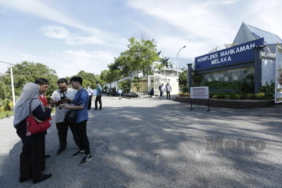SUASANA di Mahkamah Melaka. FOTO Khairunisah Lokman.