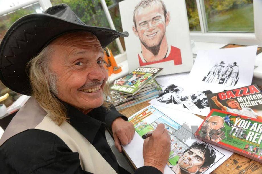 Kartunis legenda Paul Trevillion di studio miliknya. FOTO Paul Trevillion