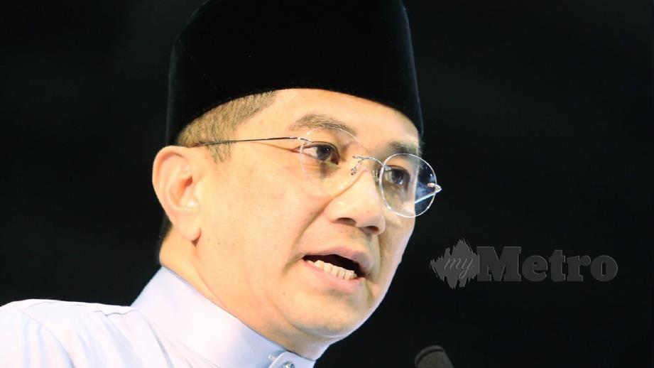 MOHAMED Azmin Ali. FOTO fail