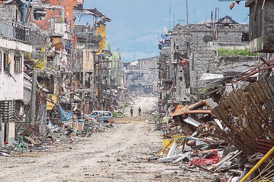 KEADAAN bandar Marawi yang musnah akibat perang selepas ia ditawan militan Daish. FOTO Agensi