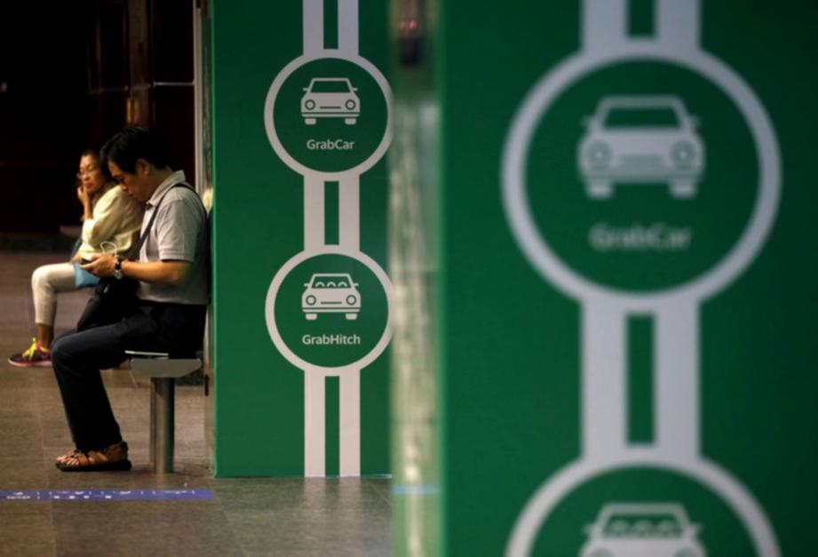 PENUMPANG mabuk dan bertengkar dalam kereta menjadi punca Grab Singapura menghentikan perkhimatan antara jam 1.00 pagi hingga 5.00 pagi. FOTO/AGENSI