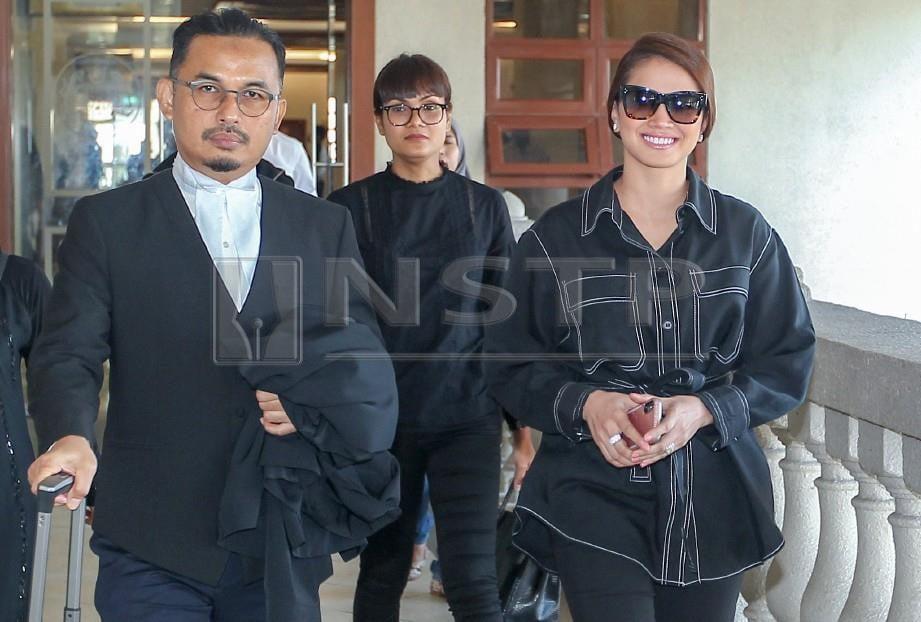 Fazura hadir ketika perbicaraannya kes saman ke atasnya, hari ini. FOTO Aswadi Alias.