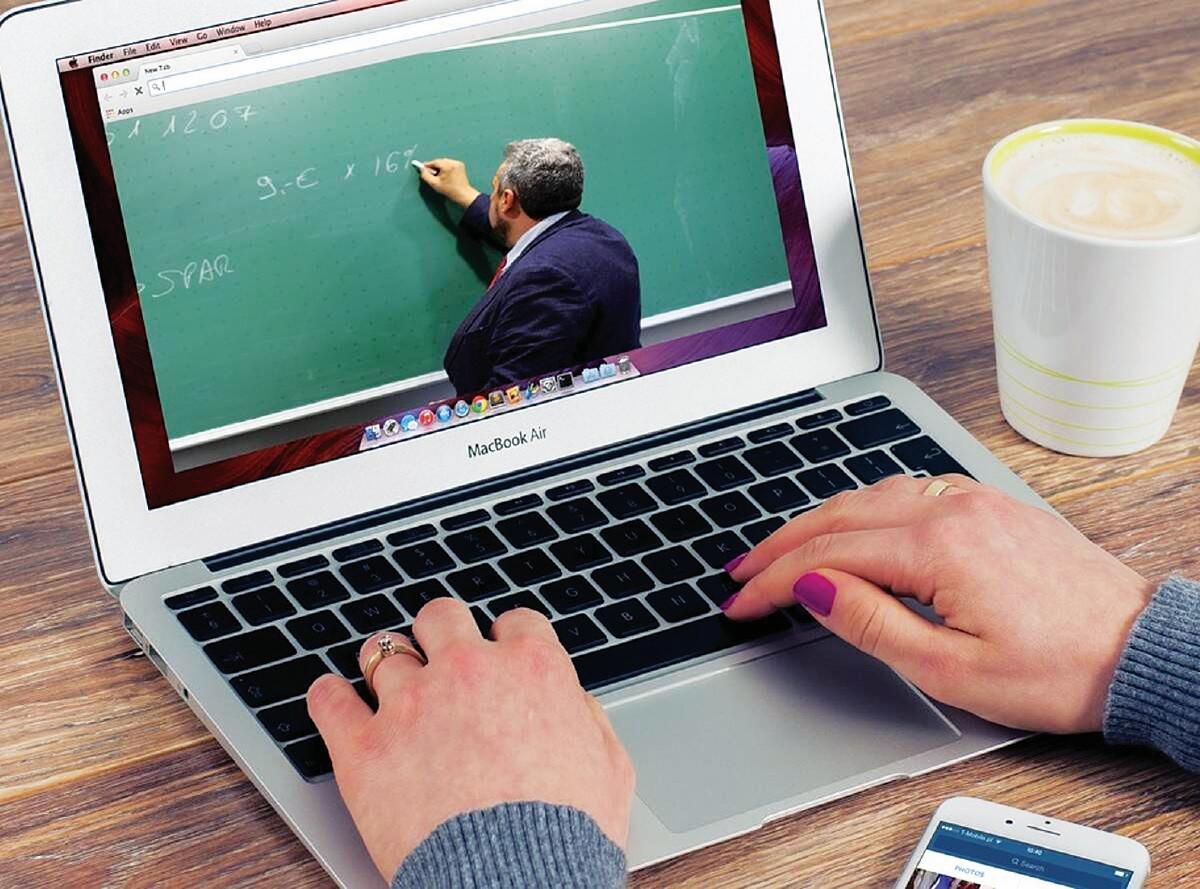 KAEDAH pengajaran, pembelajaran mudah dan cepat  dalam menggunakan MOOC.