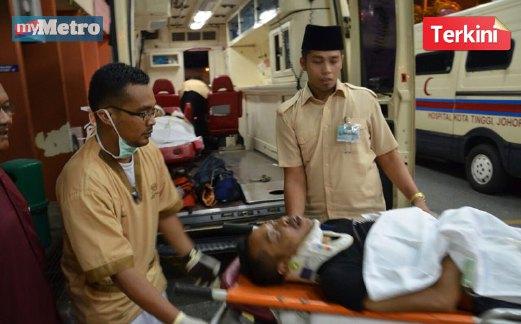 TRAGIS Empat Maut Dua Parah Dalam Kemalangan Ngeri Di Batu 13 Jalan Kota Tinggi Mersing