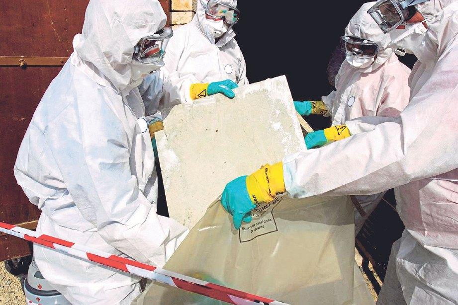 PROSEDUR ketat mengendalikan asbestos.