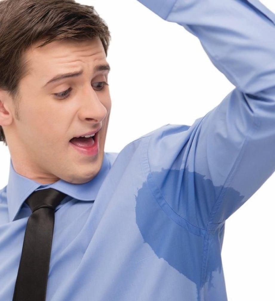 HIPERHIDROSIS banyak berlaku di kawasan ketiak.