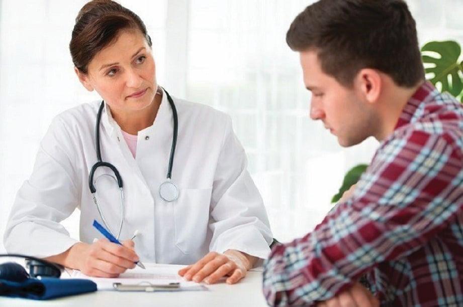 JUMPA doktor untuk mendapatkan rawatan bersesuaian.