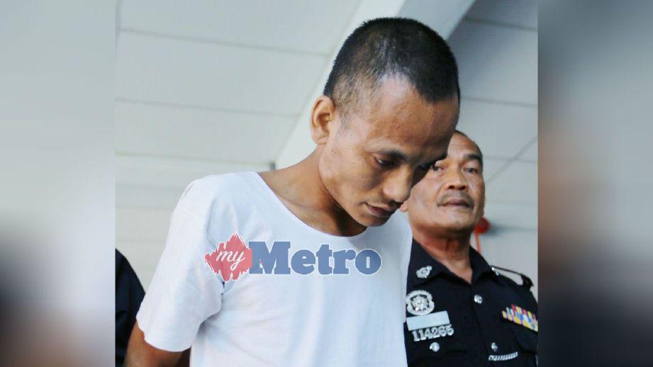 Mohammad Awari dijatuhi hukuman mati oleh Mahkamah Tinggi Kota Bharu selepas didapati bersalah membunuh suri rumah di sebuah rumah tanpa nombor, Kampung Batu Papan pada 1 Mac 2015 lalu. FOTO  Fathil Asri