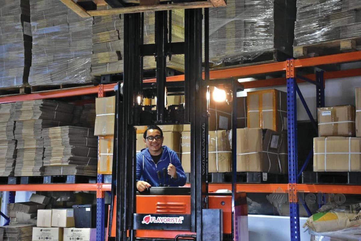 MINAT mendalam melakukan perkara baharu dorong Norisham guna kemahiran dan bangunkan kilang perusahaan makanan dan minuman.
