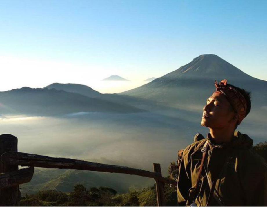 PEMANDANGAN bukit Sikunir dikongsi Indra. FOTO Trans.Mountain