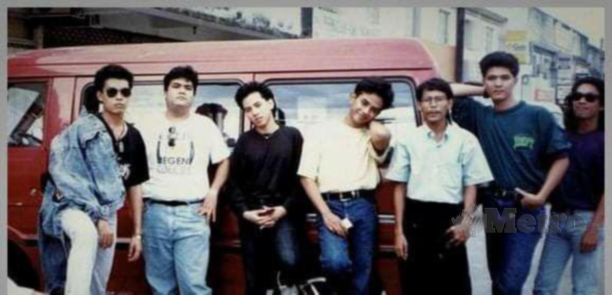 GAMBAR pada 1992 dari kiri Shamrin, Big, Ringgo, Aboll, Mahzan B, Syed dan Elmi.