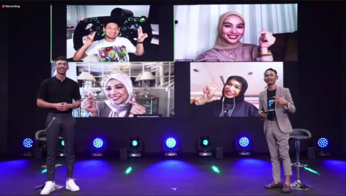 MK, Cikgu Habib di samping teman artis Zizan Razak, Nabila Razali, Tya Arifin dan Iman Troye pada majlis pelancaran.