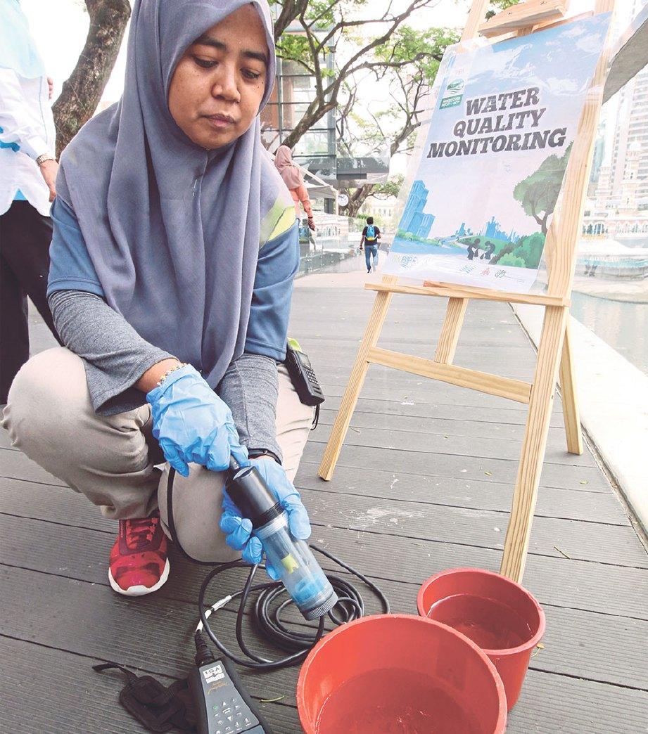 KERJA pembersihan ROL di Sungai Klang sudah 85 peratus.