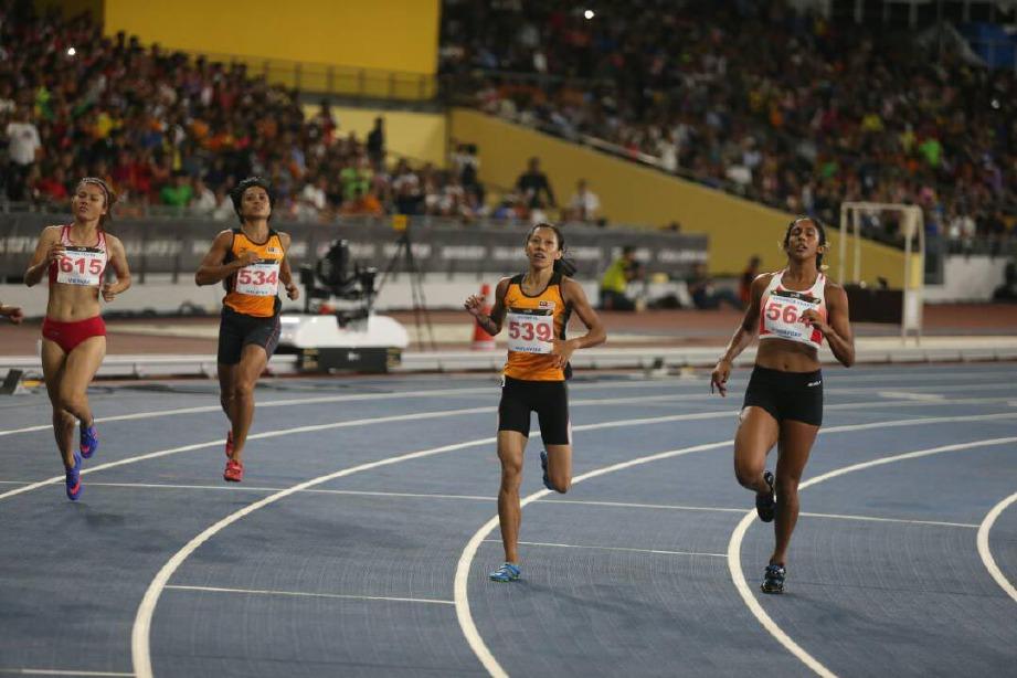 Zaidatul meraih perak 100m wanita. FOTO YAZIT RAZALI