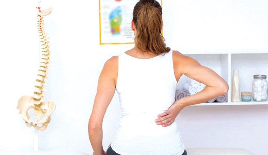 DAPATKAN nasihat doktor jika terdapat gejala sakit belakang.