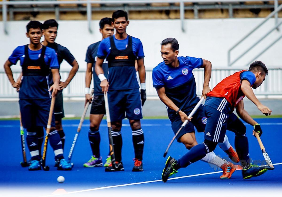 SKUAD negara perlu menunggu lebih lama untuk kembali menyertai pertandingan antarabangsa. FOTO Asyraf Hamzah