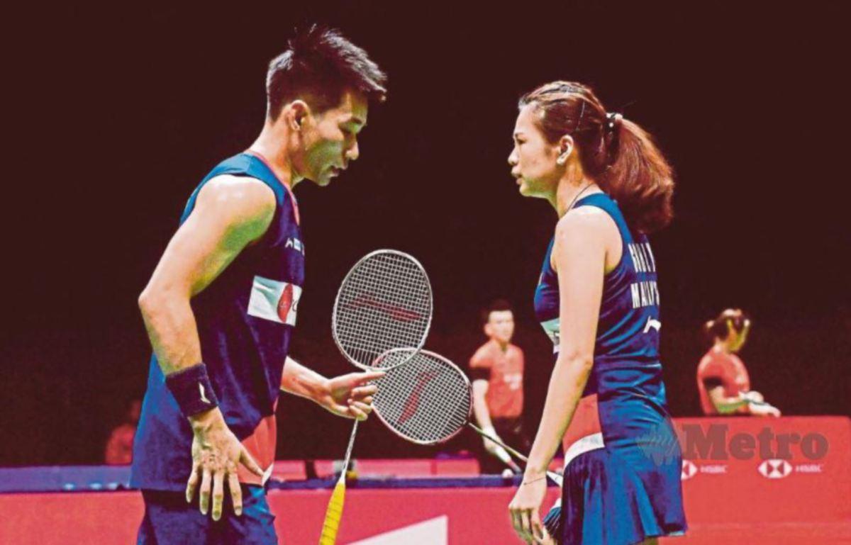 PENG Soon dan Liu Ying atasi gandingan Belanda.