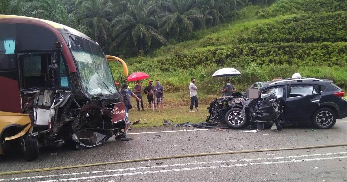 Tiga beranak maut, SUV bertembung bas