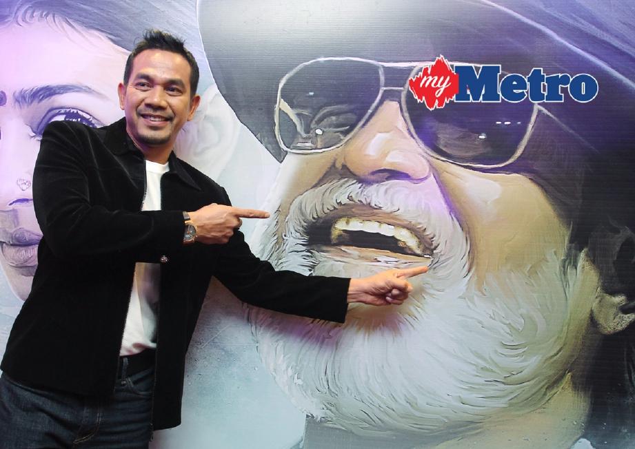 Datuk Rosyam Nor ketika prebiu filem 'Kabali' di Pawagam Federal, Kuala Lumpur. - Foto Fail
