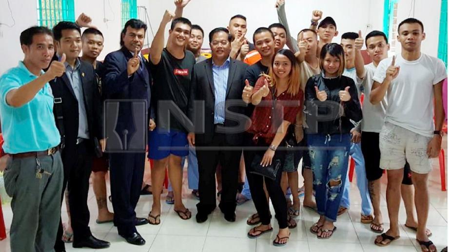 SEBAHAGIAN daripada 47 rakyat Malaysia yang menjadi mangsa dipercayai sindiket pemerdagangan manusia di Kemboja dibebas.