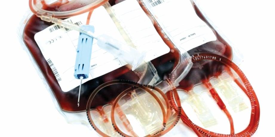 ANAK talasemia perlu kerap ke hospital untuk melakukan pemindahan darah.