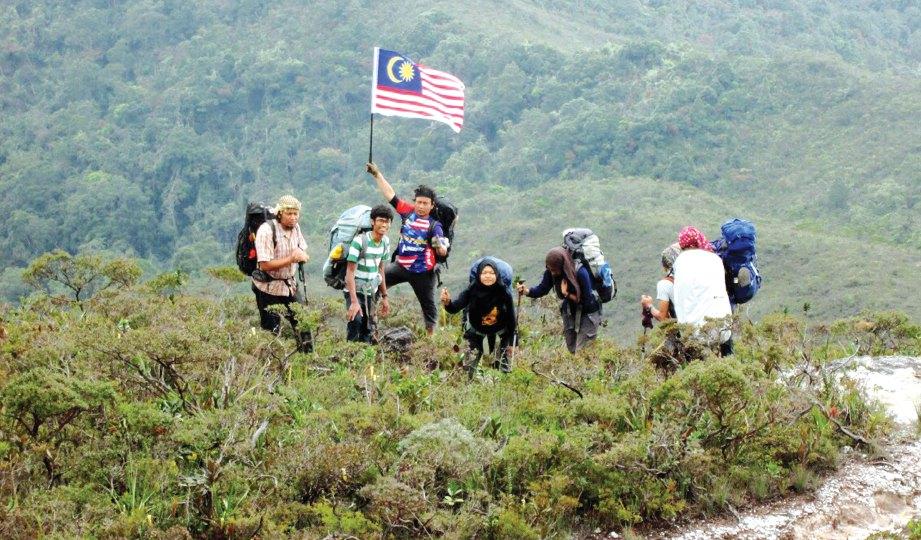 SAMPAI di Bukit Botak berhampiran Gunung Tahan.