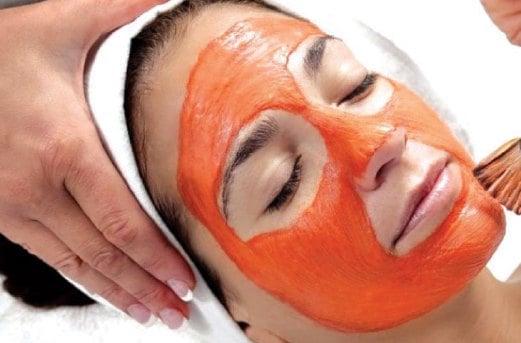 SELAIN dimakan begitu saja, jusnya juga  boleh disapu pada muka untuk melembap dan mencantikkan kulit.