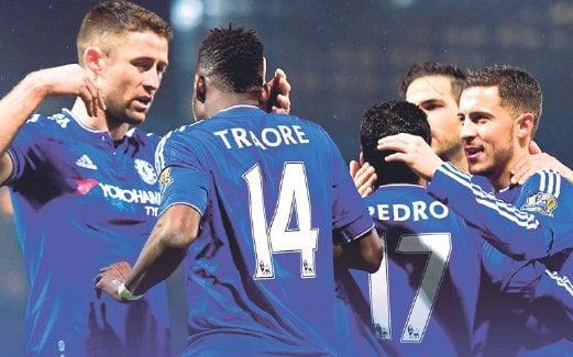 PEMAIN Chelsea wajib benam City.
