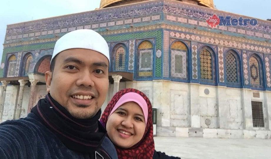 DR Mohd Izhar amal pendekatan berhati-hati ketika melayani setiap pertanyaan pengikut. FOTO NSTP