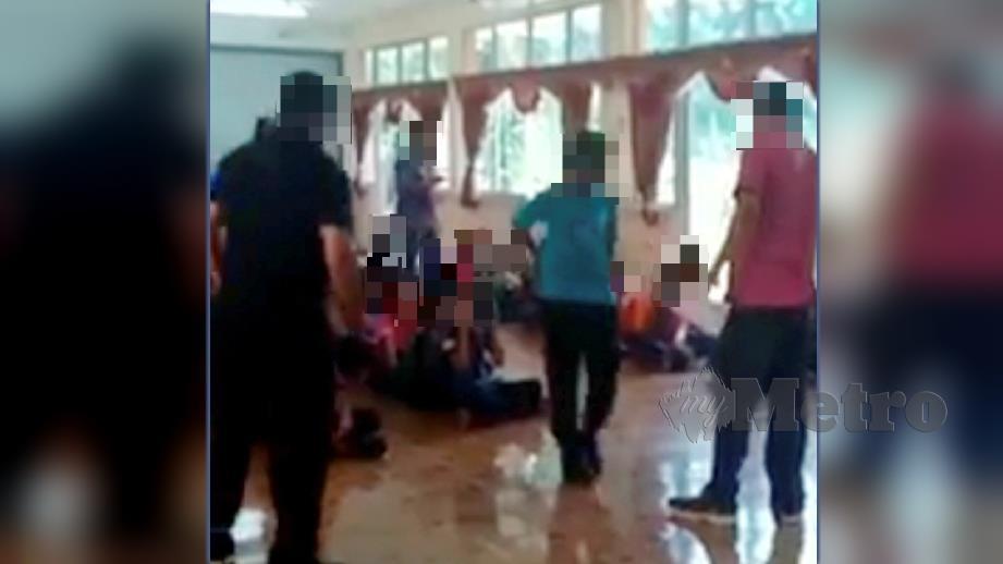 Video dua guru merotan beberapa murid yang tular di Facebook. FOTO Mohd Khidir Zakaria