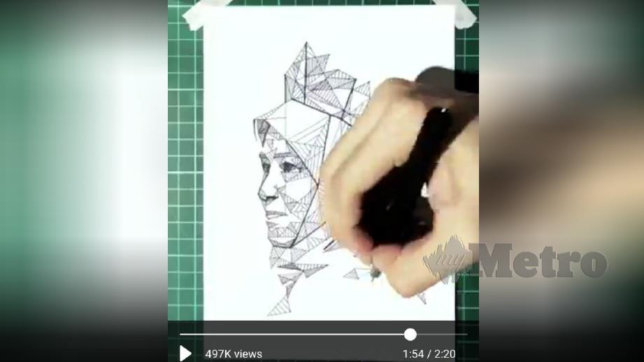 TEME memuat naik video melukis potret Tunku Azizah sempena Hari Kemerdekaan Ke-62 negara. FOTO Twitter @itsteme