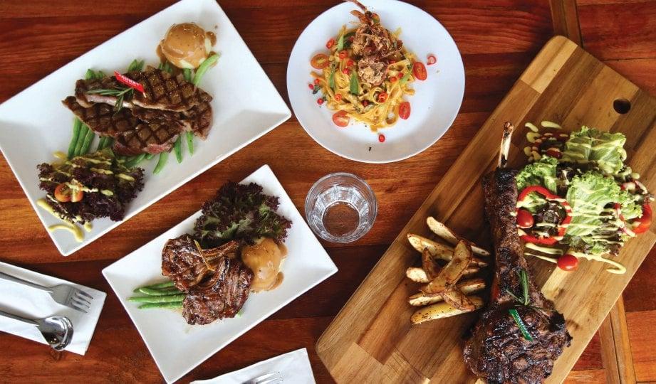 PILIHAN menu menarik terdapat di restoran berkenaan.