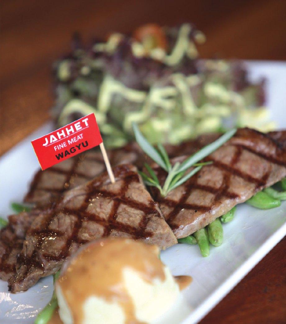 KEENAKAN stik wagyu menjadi sebutan peminat hidangan berkenaan.